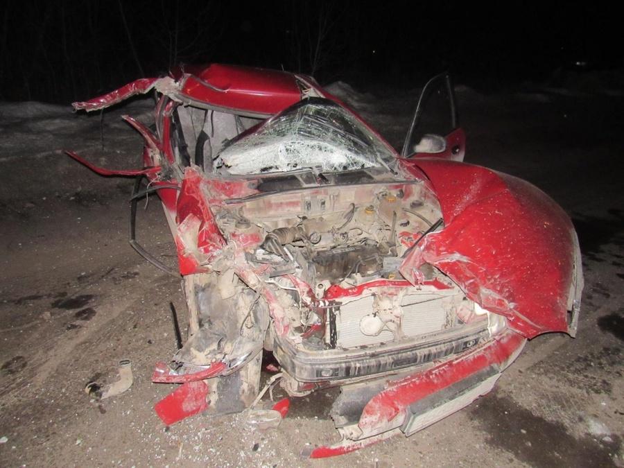 В Краснокамске пьяный водитель врезался в стоящий автомобиль
