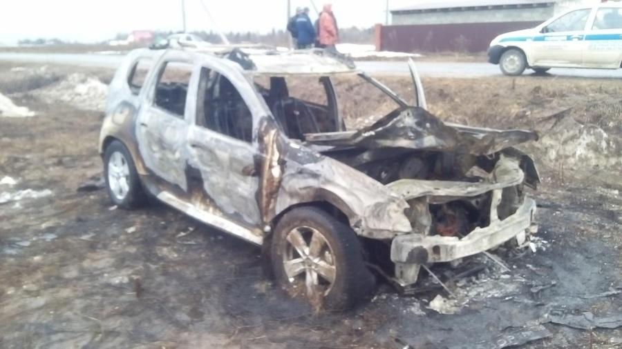 В Пермском районе пьяный водитель перевернул автомобиль и погиб