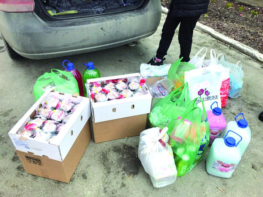 Добровольцы из Кировского района Перми навестили престарелых - фото 1