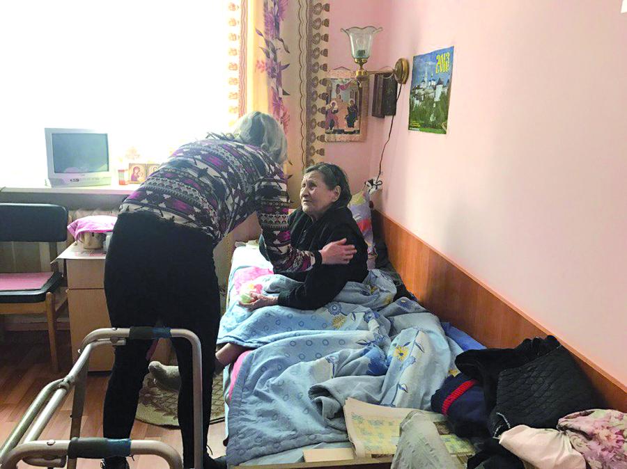 Добровольцы из Кировского района Перми навестили престарелых - фото 2