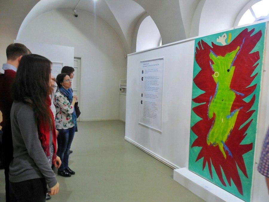 Пермская галерея увлекает пермяков абстракционизмом - фото 6