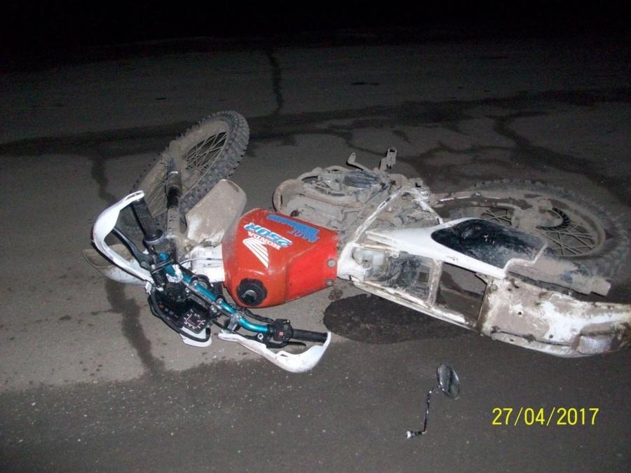 В Верещагино мотоциклист врезался в стоящие автомобили