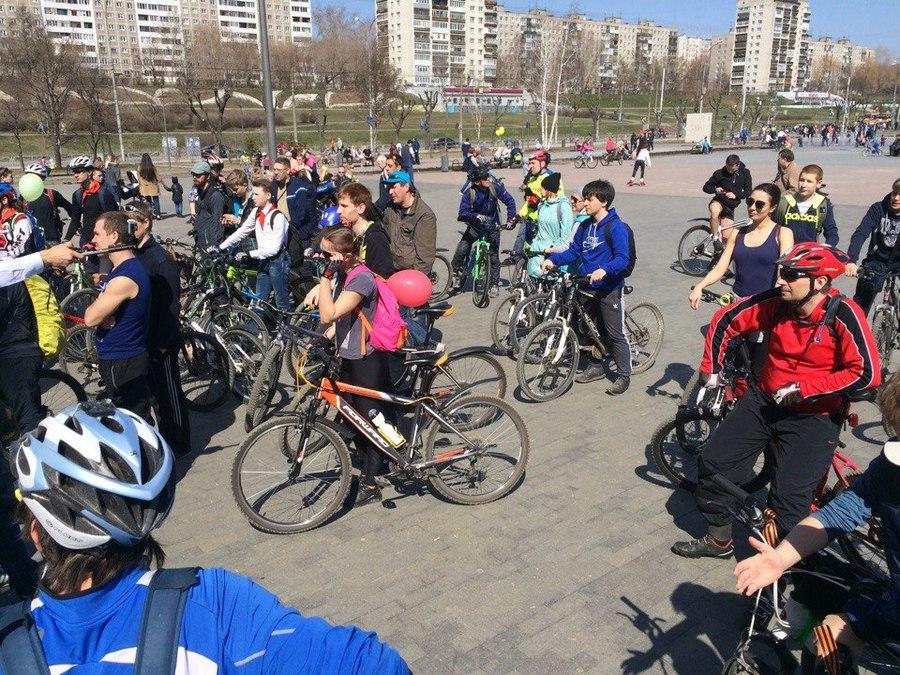 Пермяки встретили Первомай на велосипедах - фото 1