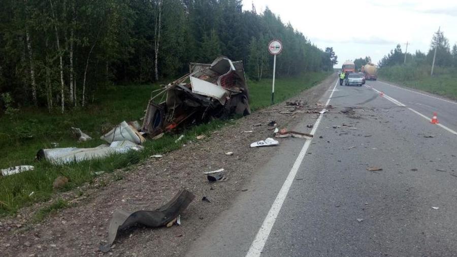 В Пермском крае в столкновении трех машин погибла женщина-водитель - фото 1