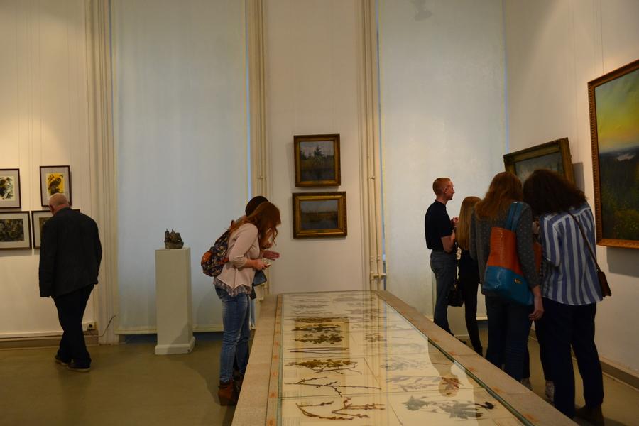 В Пермской галерее путешествуют по лесу - фото 13