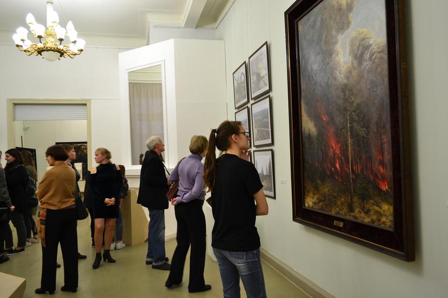 В Пермской галерее путешествуют по лесу - фото 27