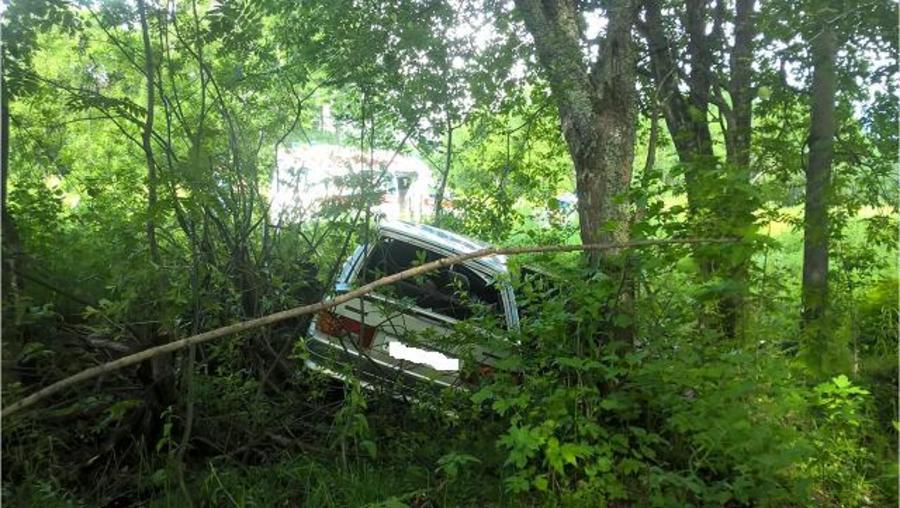 В Пермском крае в перевернувшемся автомобиле погибла девушка