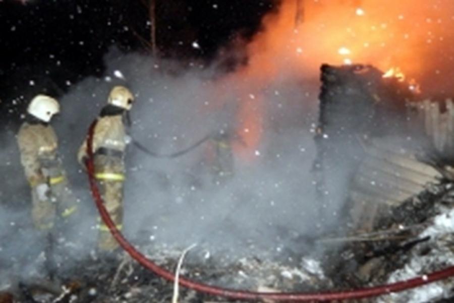 В Пермском районе сгорели две бани - фото 1