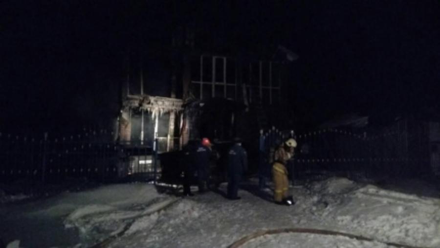 На пожаре в поселке Ильинский погибли пять человек - фото 1