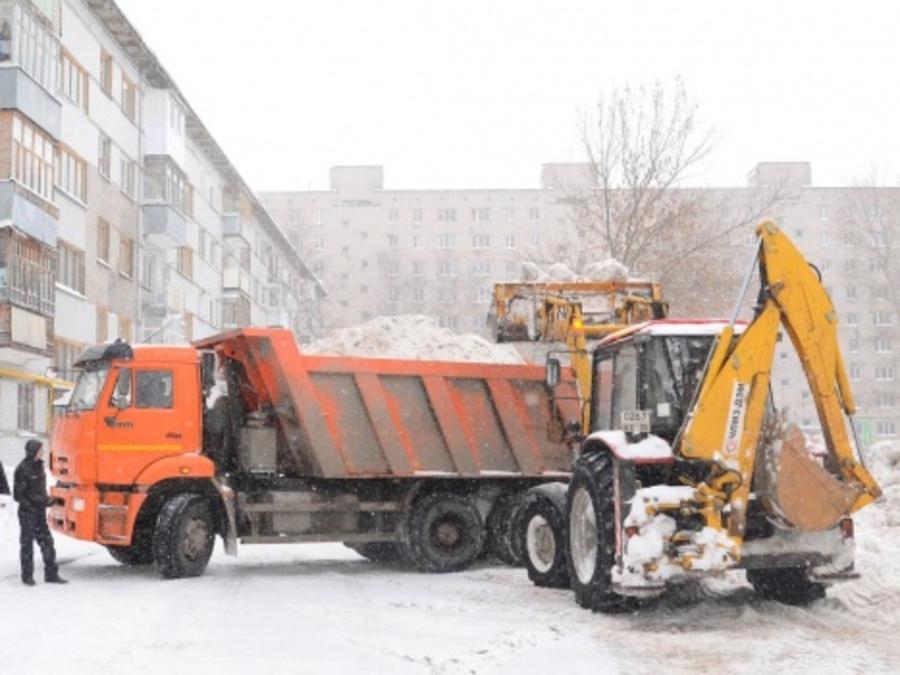Пермь выполнила полумесячную норму по снегу