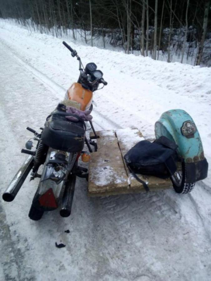 В Пермском крае пьяный мотоциклист без прав врезался в атобус - фото 2