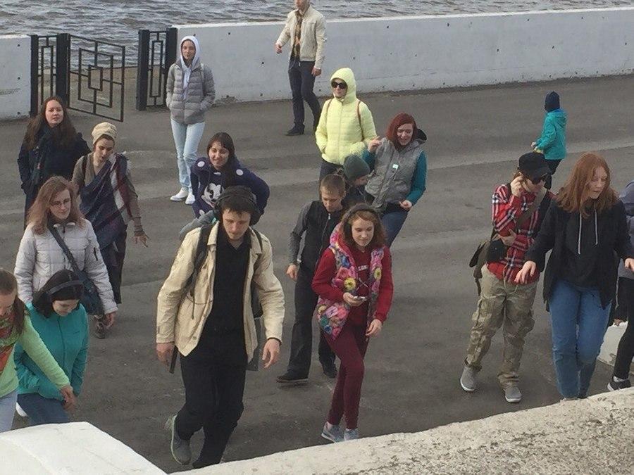 Пермяки танцуют на улицах города - фото 1