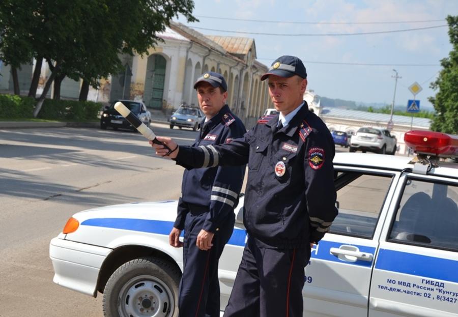 В Пермском крае полицейские спасли заблудившуюся в лесу женщину