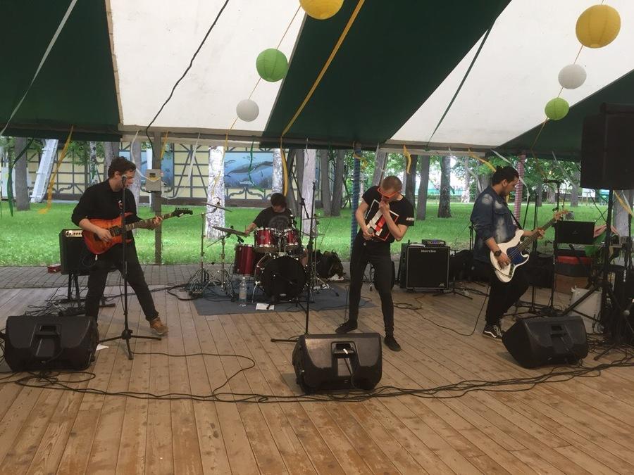 Пермские рокеры организовали вечеринку