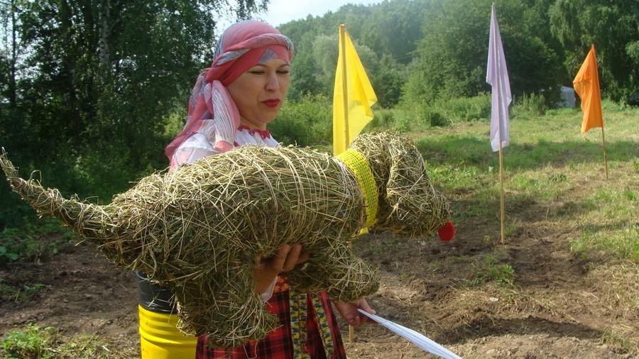Фестиваль в Крылово - «Веселый коровяк»