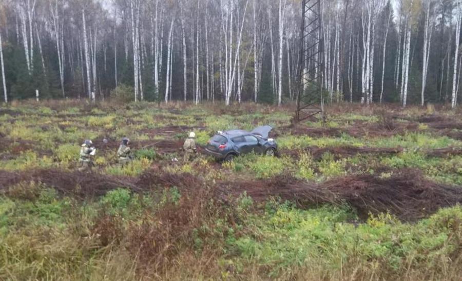 В Перми девушка-водитель съехала в кювет и перевернула машину