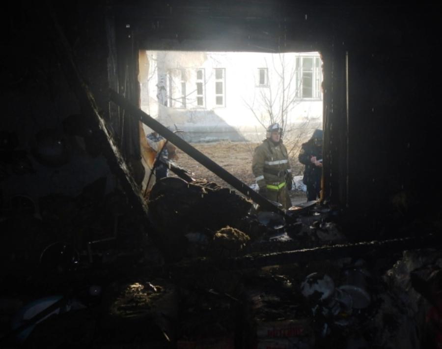 В Губахинском районе молодой человек обокрал магазин и поджег его