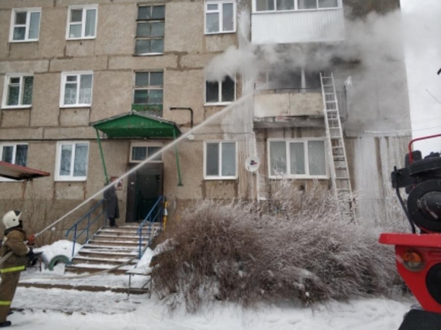 В Октябрьском районе горела пятиэтажка