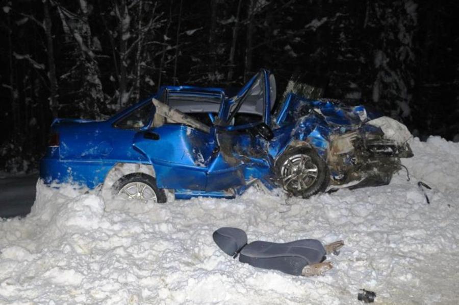 В ДТП в Пермском крае погибла девушка и ранено 6 человек