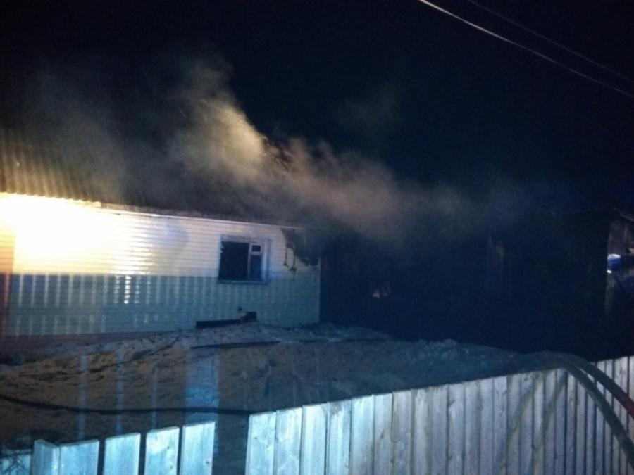 В Кудымкаре на пожаре погибла женщина, двое взрослых и девочка получили ожоги