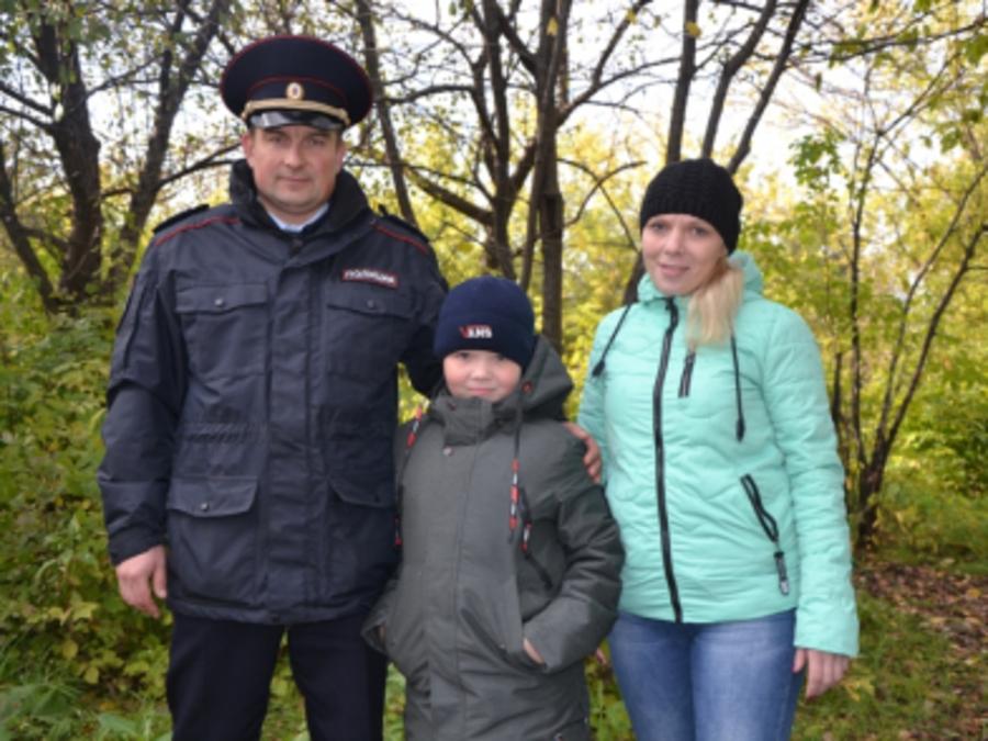 В Кунгуре инспектор ГИБДД спас мальчика - фото 1