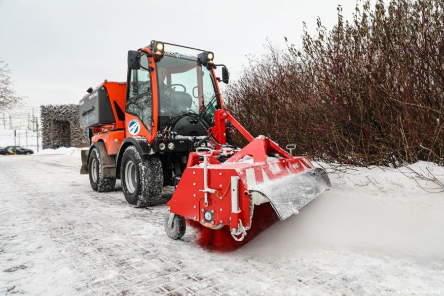 В Перми подрядчики закупили 60 единиц снегоуборочной техники