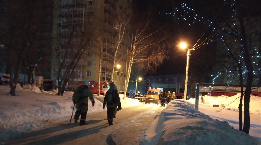 В Перми ночью произошло загорание в больнице - фото 1
