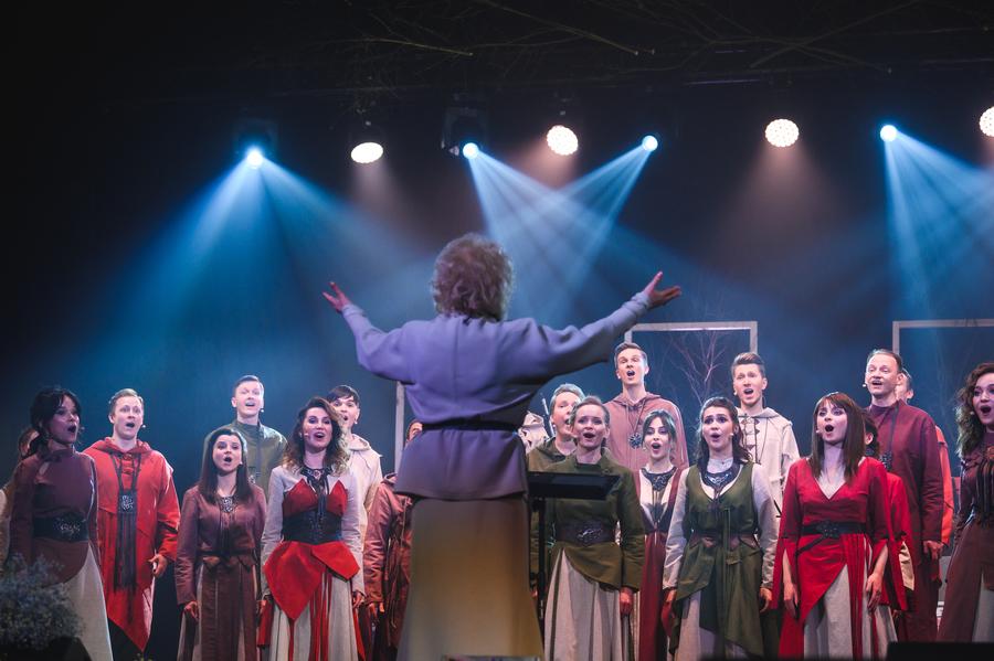 Пермский хор «Млада» представил премьеру программы «Есенин»